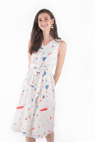 Sparks Buttoned Midi Dress (White/Dusty Blue)