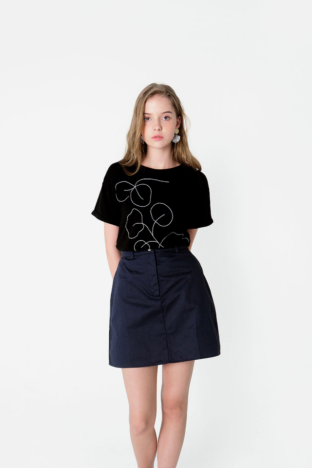 Foliage Embroidery Tee (Black) - Small (Last few pieces)