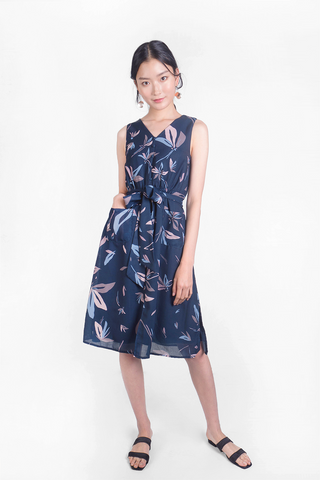 Windflower Buttoned Midi Dress (Navy)