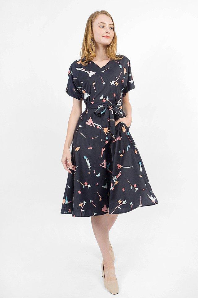 Scribbles Kimono Dress (Black)