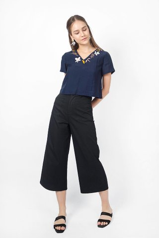 Autumn Embroidery Top (Navy)