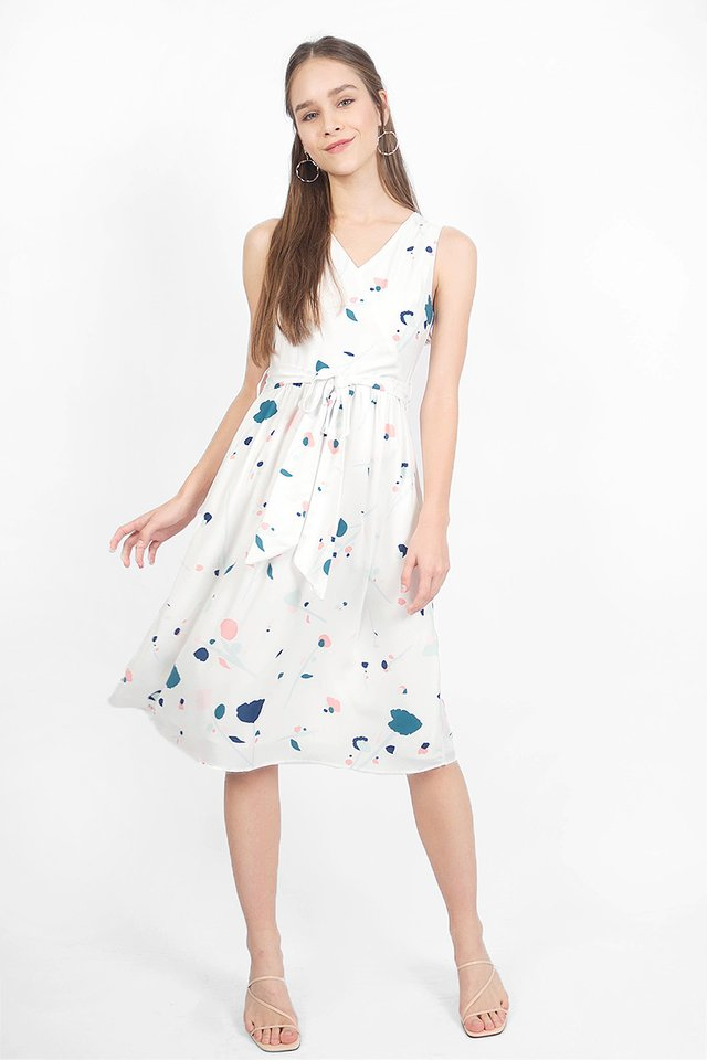 芳(fang) Midi Dress (White)