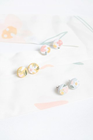 Daffodils Earrings (Studs)