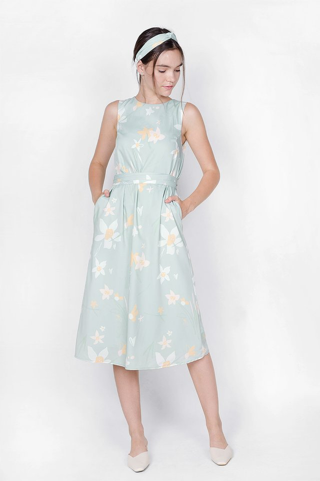 Daffodils V Maxi Dress (Laurel) - Medium (Last Piece)