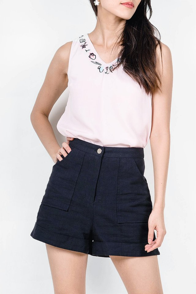Claude Pocket Shorts (Black)